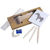 Набор карандашей «Ребенок занят делом» с раскраской, точилкой и линейкой